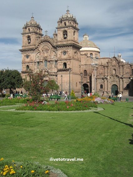 Church on the main square in the town of Cusco (Cuzco), gateway to Machu Picchu in Peru
