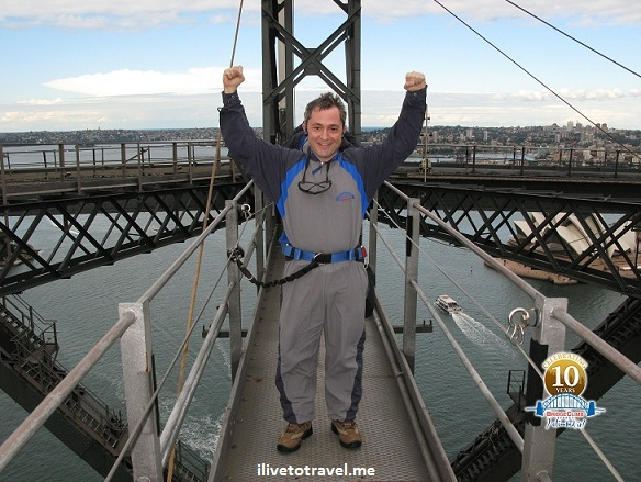 Modeling the jumpsuit used in the Sydney Harbor Bridge climb